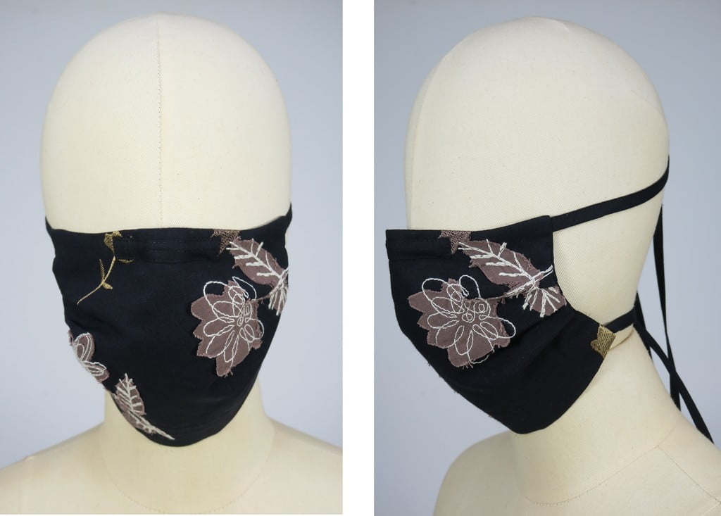 mondkapje-geborduurd-zwart-bloemen